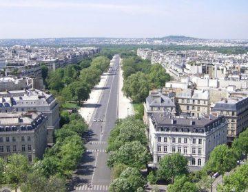 Avenue Foch vanaf de Arc de Triomphe (Wiki)