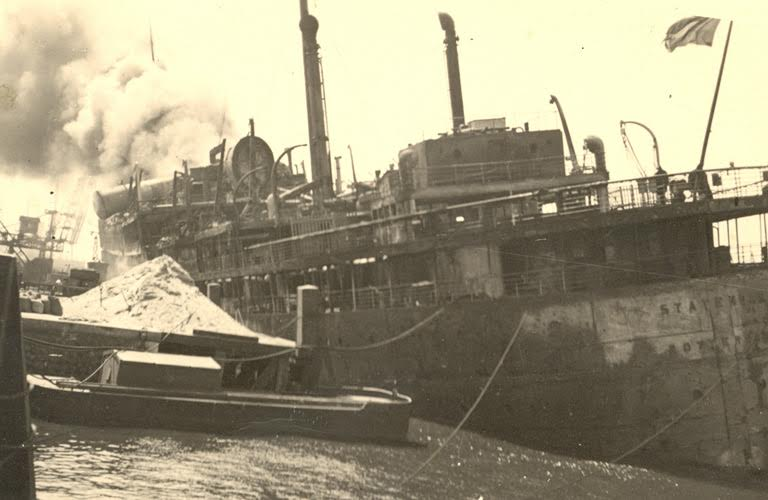 De verwoeste Statendam, mei 1940. Bron: kennispuntmei1940.nl
