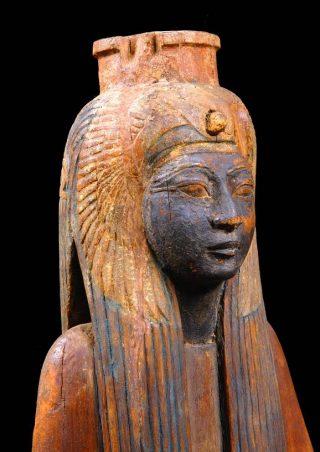 Koningin Ahmose Nefertari; hout; ca. 1200 v.Chr.; uit Deir el-Medina (Luxor); collectie en foto Museo Egizio Turijn - inv.no.1369.