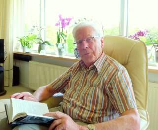 Gustaaf Simons, inmiddels 85 jaar, maakte op zijn elfde kennis met Thea Hoogensteijn.