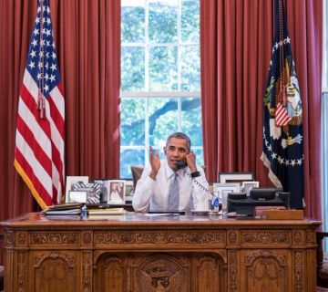 Barack Obama in zijn Oval Office - cc