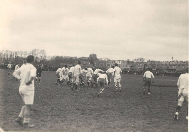 Historisch Centrum Leeuwarden - Rugbyen onder de donderwolken van WO I