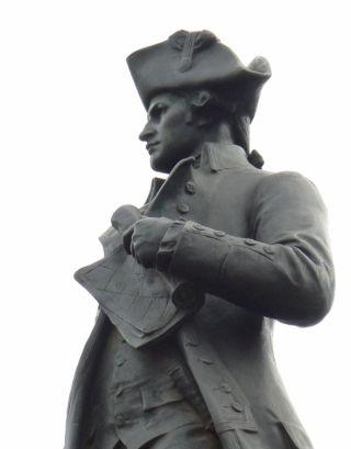 Beeld van James Cook in Londen - cc
