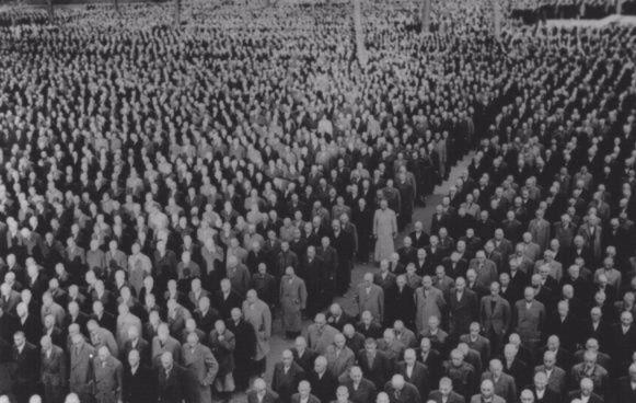 Tijdens Kristallnacht opgepakte Joden in Buchenwald
