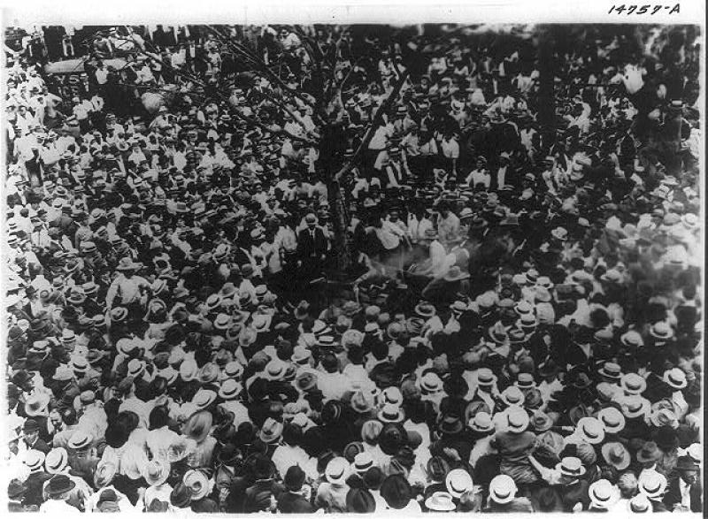 Menigte kort voor de lynching van Jesse Washington - cc