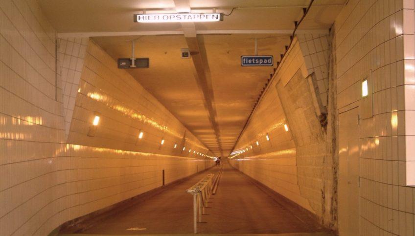 Maastunnel - Fietstunnel - cc