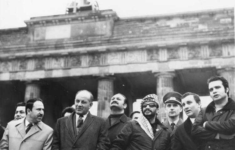 Arafat in Oost-Berlijn (1971) - cc   Bundesarchiv