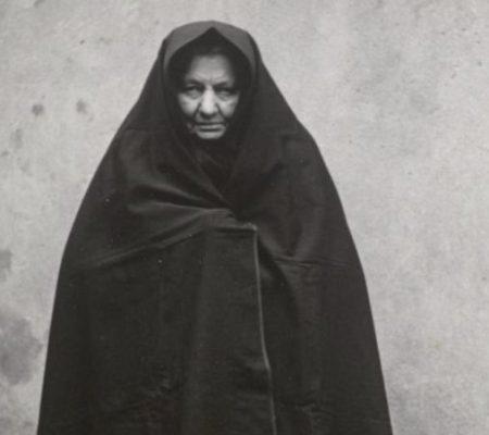 Vrouw met falie (bron onbekend)