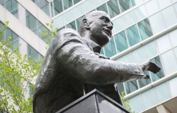 Standbeeld van Pim Fortuyn in Rotterdam - cc
