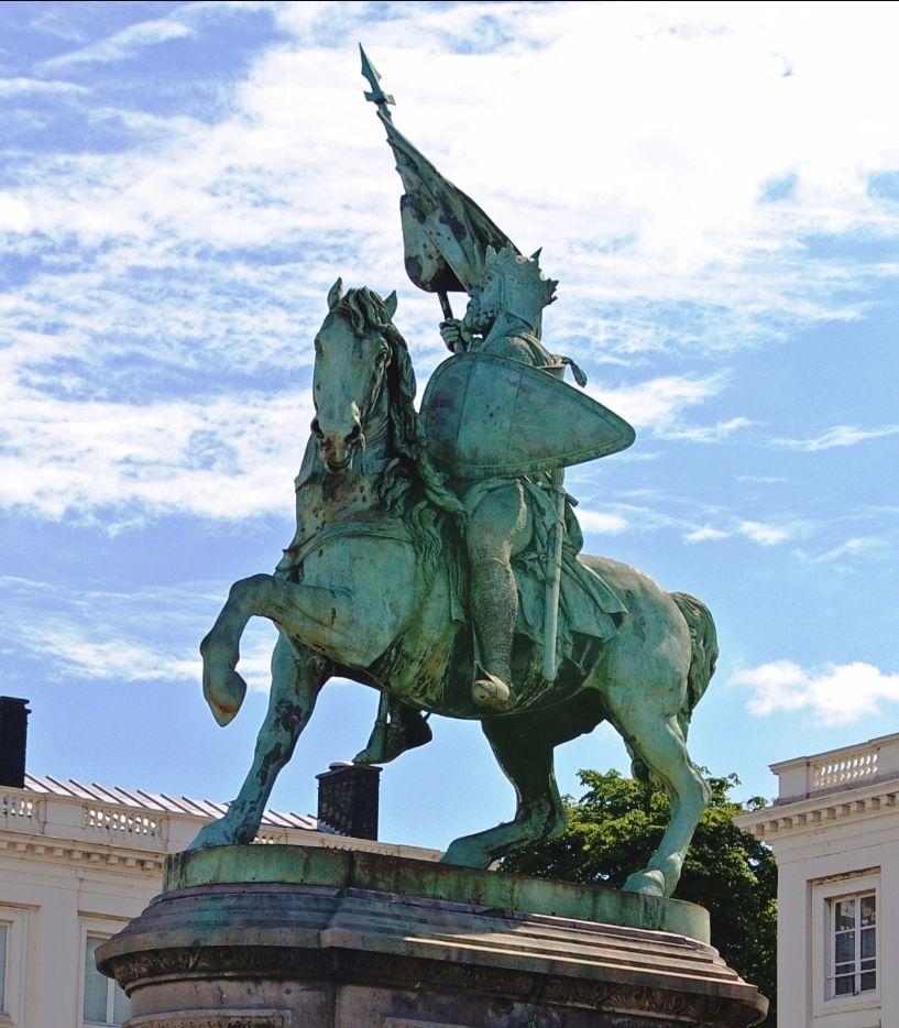 Het ruiterstandbeeld van Godfried van Bouillon in Brussel (wiki)