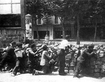 Barricade in Barcelona mei 1937