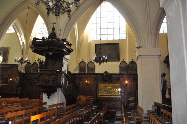 Interieur van de Brusselse Sint-Niklaaskerk