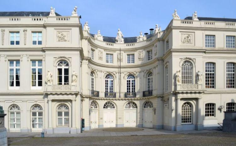 Paleis van Karel van Lotharingen in Brussel - cc