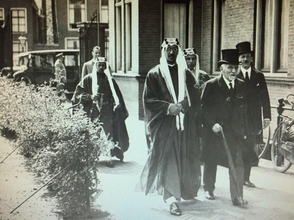 Snouck Hurgronje met prins Saud in Leiden, in 1936, het laatste levensjaar van de arabist (cc - Laurens Westhoff)
