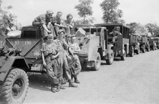 Militaire colonne, tijdens Operatie Product. Bron: Collectie Tropenmuseum