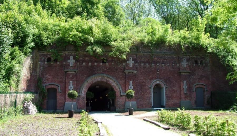 Fort Hoboken bij Antwerpen, gebouwd naar ontwerp van Henri Brialmont (cc - Annabel)