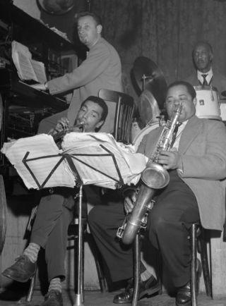 Jazzconcert in Casablanca aan de Zeedijk te Amsterdam (1956) - cc/Anefo/Herbert Behrens/Nationaal Archief