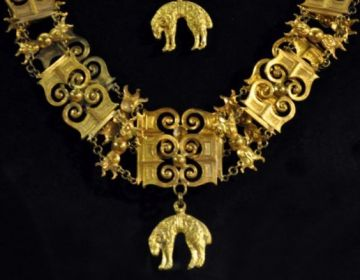 Een keten en juweel van de Orde van het Gulden Vlies (Oostenrijkse tak) in het museum Grand Curtius (CC BY-SA 3.0 - Paul Hermans - wiki)