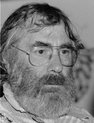 Leen Valkenier, schrijver van de Fabeltjeskrant, 1979 (CC BY-SA 3.0 - Hans van Dijk / Anefo - wiki)