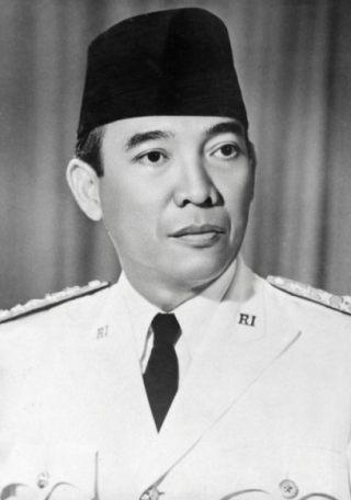 Soekarno, de eerste president van Indonesië (Publiek Domein - KITLV)