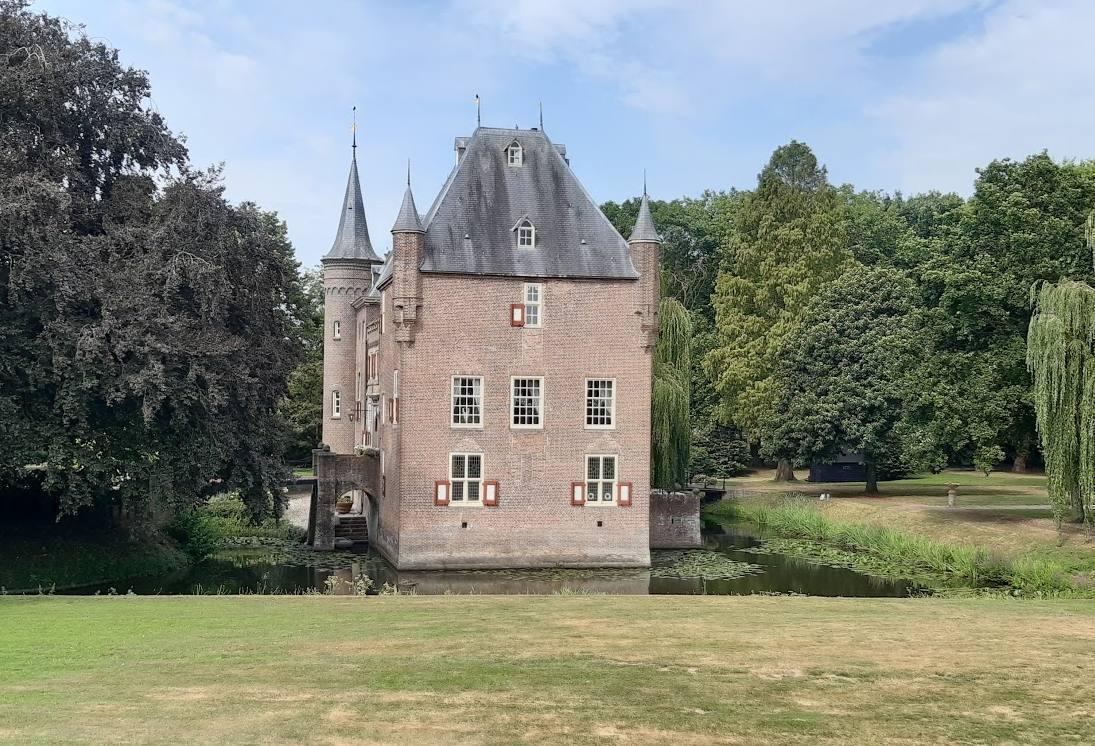 Slot van Well – Waterburcht in Maasdriel