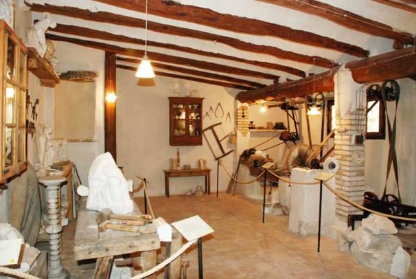 Reconstrucció del taller d'alabastre de 1907. Foto: tinet.cat