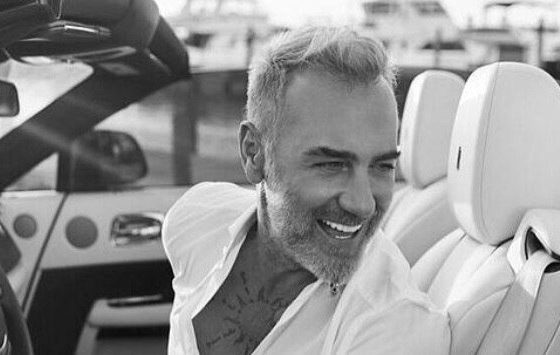 Gianluca Vacchi biography
