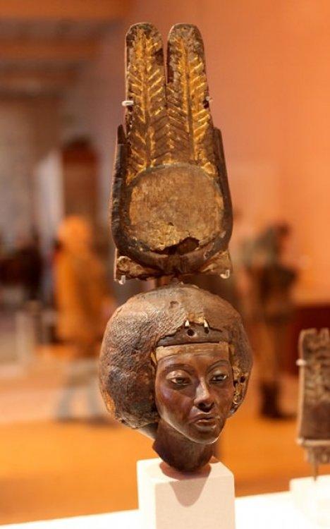 Жена египетского фараона Тия - бабушка Тутанхамона ...
