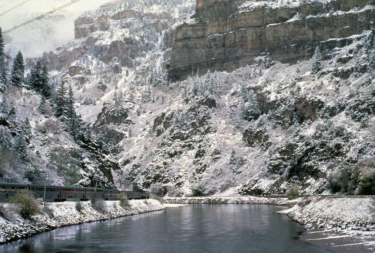 California Zephyr Skirting The Colorado River In Glenwood
