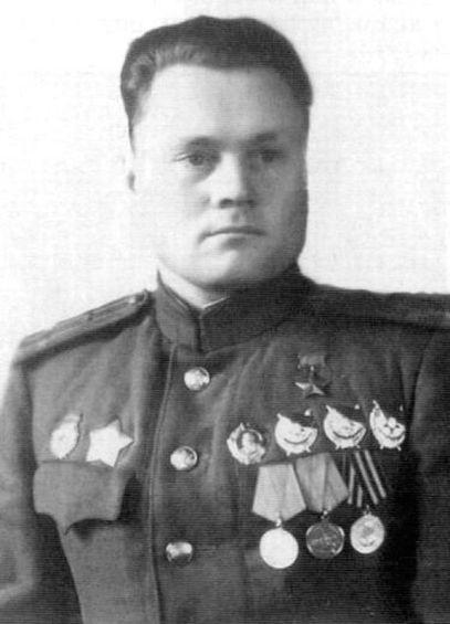 Герой Советского Союза Василий Иванович Шишкин.