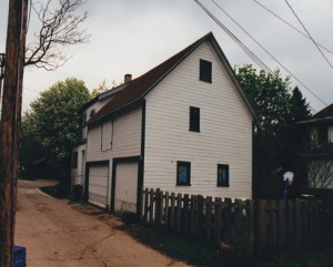 Carriage house in 2009