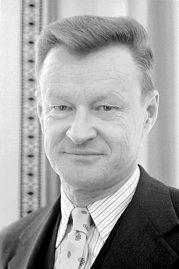 Zbigniew_Brzezinski,_1977