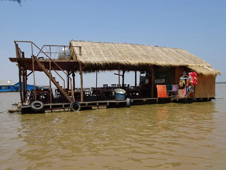 Cambodia - Tonle Sap Lake House - Siem Reap - Collab Entry