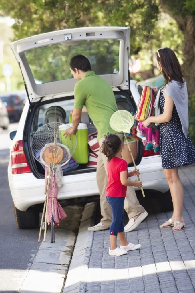 A family preps for a roadtirp.