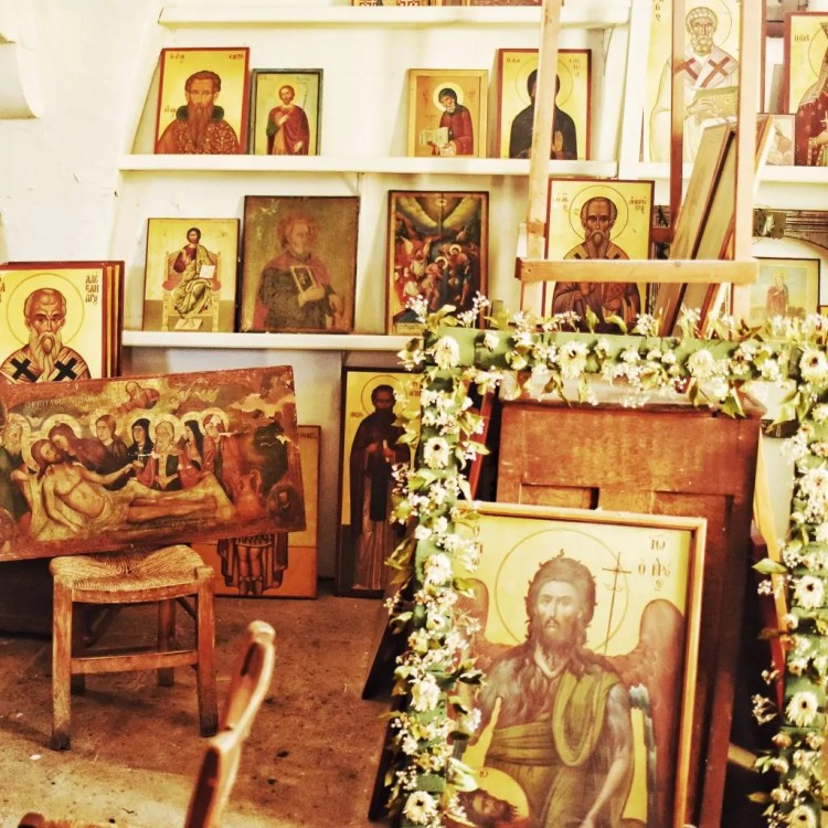 Icons in the back of Agios Stavvros
