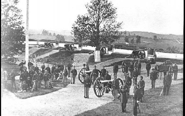 Civil War photograph of Ft. Stevens, Washington, D.C. Officers and men of Company F, 3rd Massachusetts Heavy Artillery, in Fort Stevens. William Morris Smith [Public domain], via Wikimedia Commons