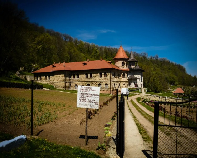 Rudi Monastery