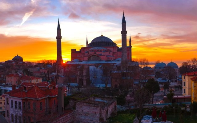 Rick Steves Over Brunch: Istanbul