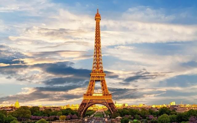 Rick Steves Over Brunch: Highlights of Paris, Eiffel and Monet to Crème Brûlée