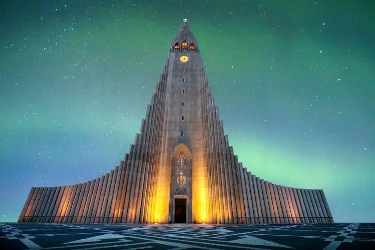 Iceland - Reykjavik - Hallgrímskirkja Northern Lights