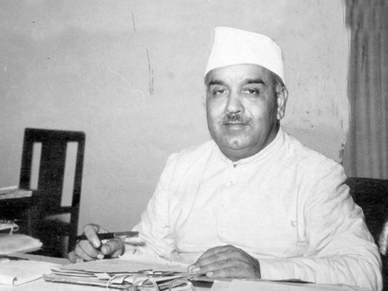 Rafi Ahmed Kidwai was the first communication minister of India. He was a politician, an Indian Independence activist, and a socialist.
