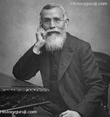 Dadabhai_Naoroji,_1892-min