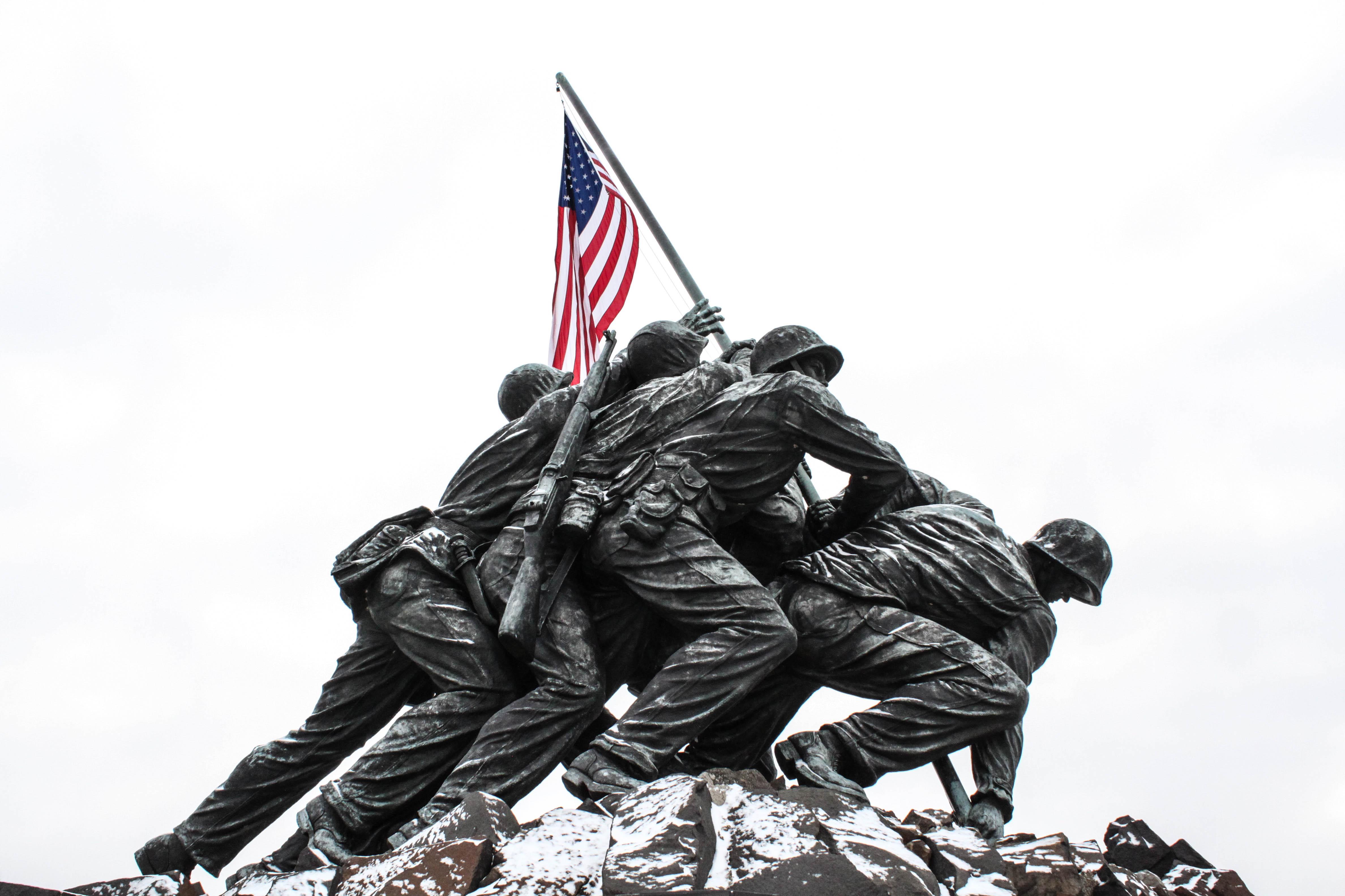 Iwo Jima Memorial Amp Harlon Block History Hiker