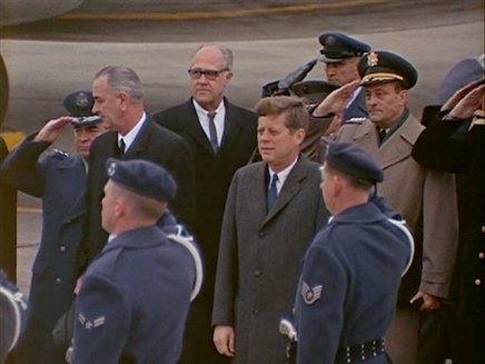 342-USAF-34662 - PRESIDENT KENNEDY VISITS SAC HEADQUARTERS, 12-07-1962-165.000
