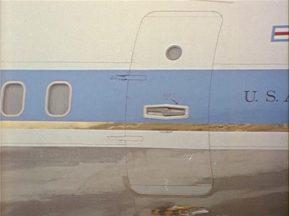 342-USAF-34662 - PRESIDENT KENNEDY VISITS SAC HEADQUARTERS, 12-07-1962-90.000