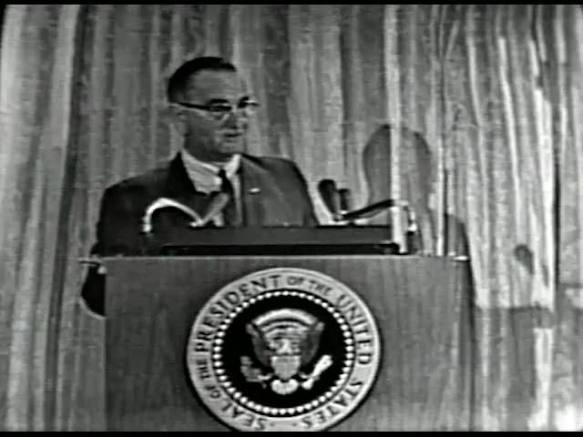 MP 510 - LBJ Press Conference - 19640307-540.000
