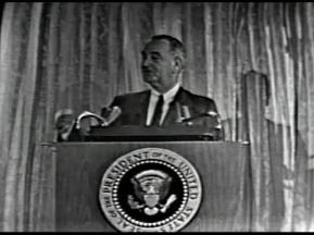 MP 510 - LBJ Press Conference - 19640307-780.000