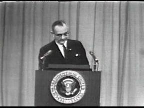 MP 511 - LBJ Press Conference - 19640416-120.000