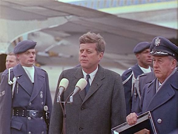 342-USAF-34662 - PRESIDENT KENNEDY VISITS SAC HEADQUARTERS, 12-07-1962-345.000
