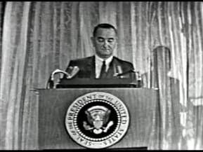 MP 510 - LBJ Press Conference - 19640307-1080.000